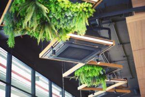 Installer un climatiseur dans son entreprise à Juan les Pins